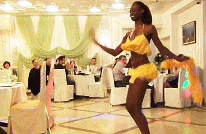 Моника Мендес, чернокожие артисты в Москве! Заказать на праздник, корпоратив, свадьбу, юбилей!